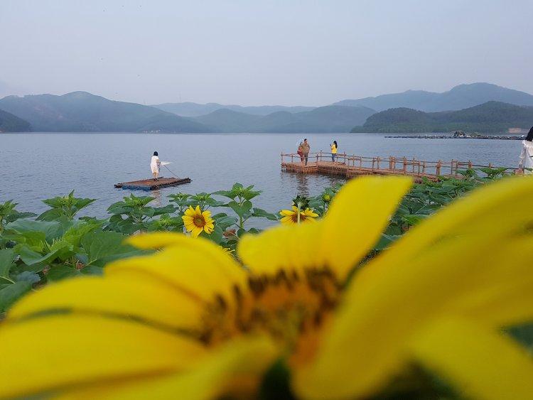 Hồ Khe Ngang - Điểm vui chơi mộc mạc, nên thơ, hot trend ở Huế